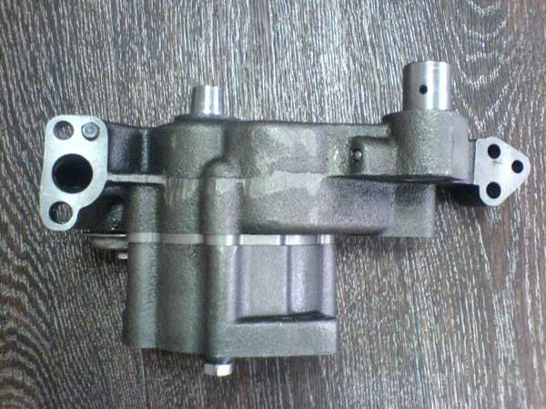 Масляный насос 6N2642 на двигатель Shanghai Diesel С6121