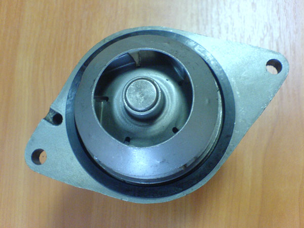 Насос водяной  3802358 / 4089700 на дизельный двигатель Cummins 6BT-5.9C